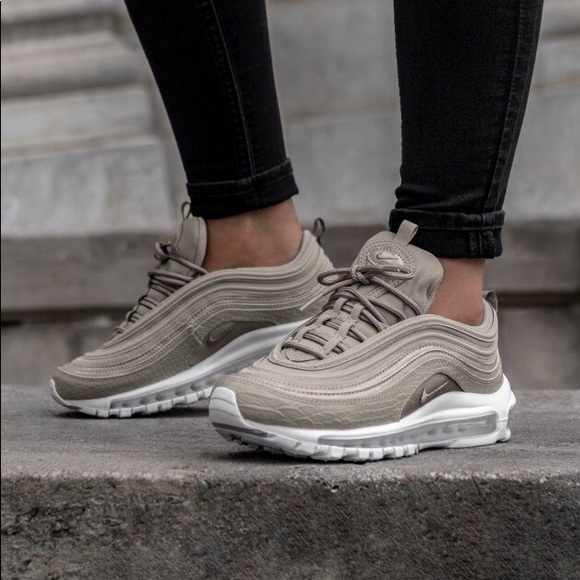 92dbeef4705ece Women s Nike Air Max 97 Premium Sneakers NWT
